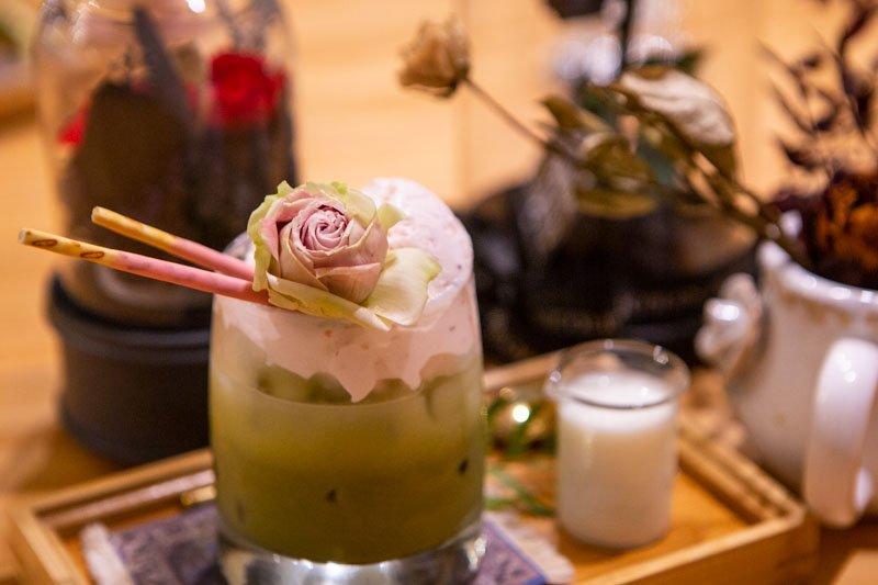 Cafe De Nicole's Flower East Coast 11