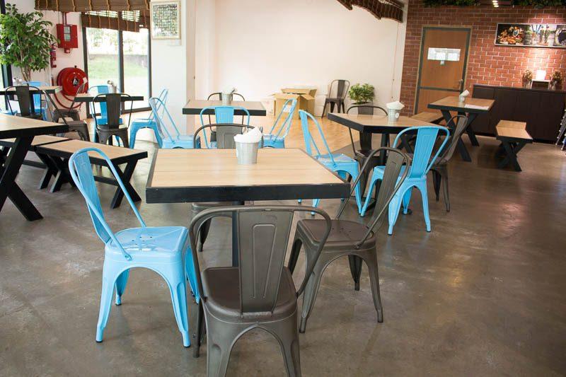 Qi Philosophy Cafe 3