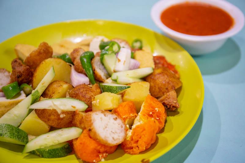 Rojak & Mee Siam Geylang Serai Market & Food Centre 2