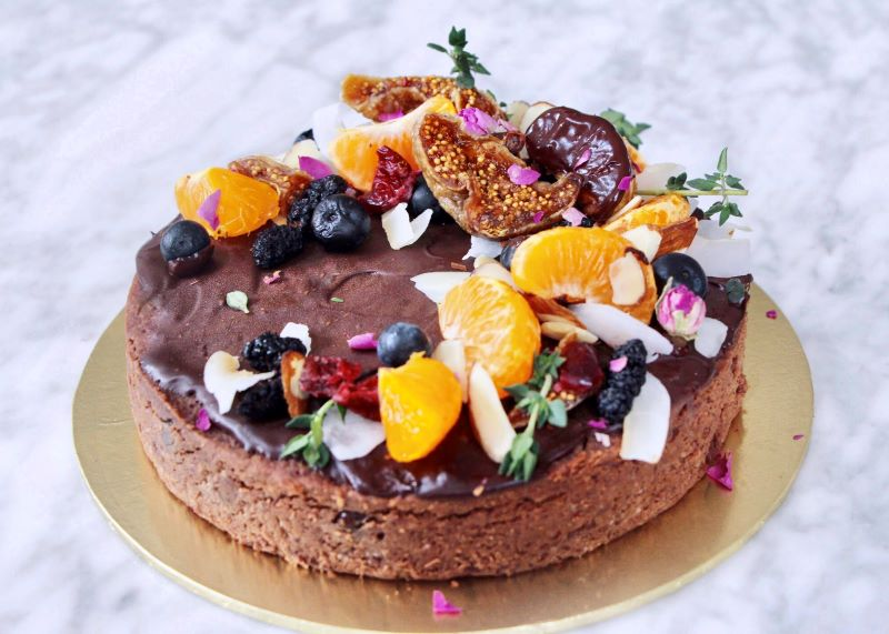 The Clean Addicts Flourless Cacao Fudge Cake