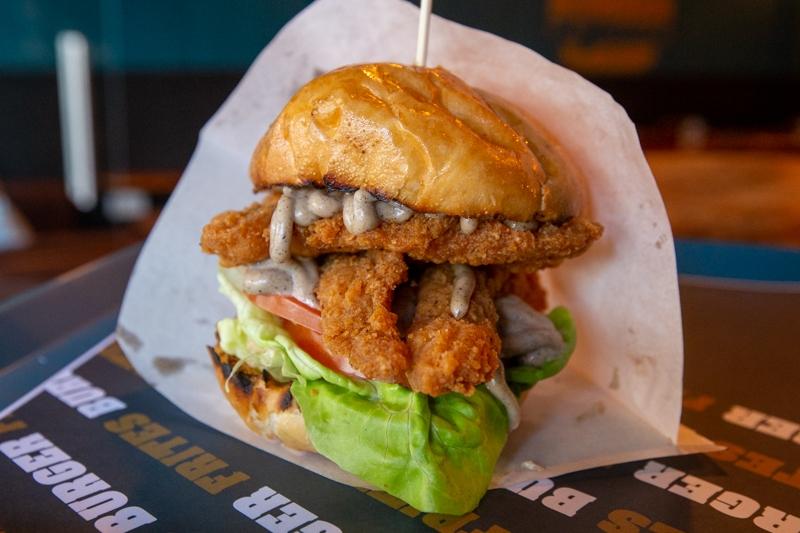Burger Frites 16