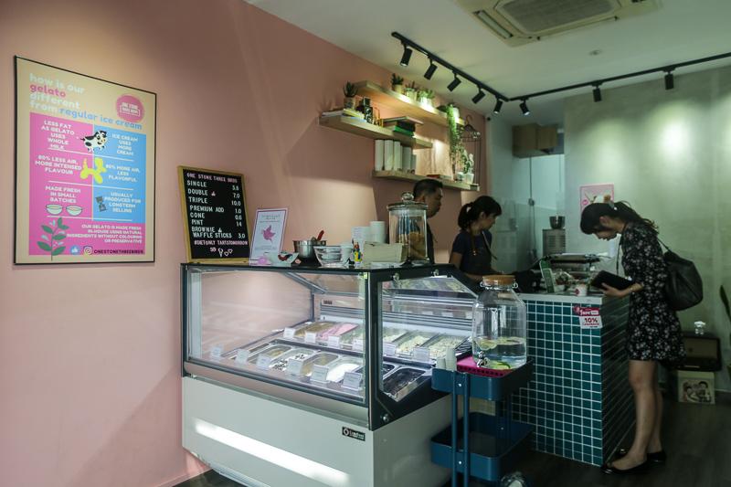 Onestonethreebirds 2 food showdown gelato
