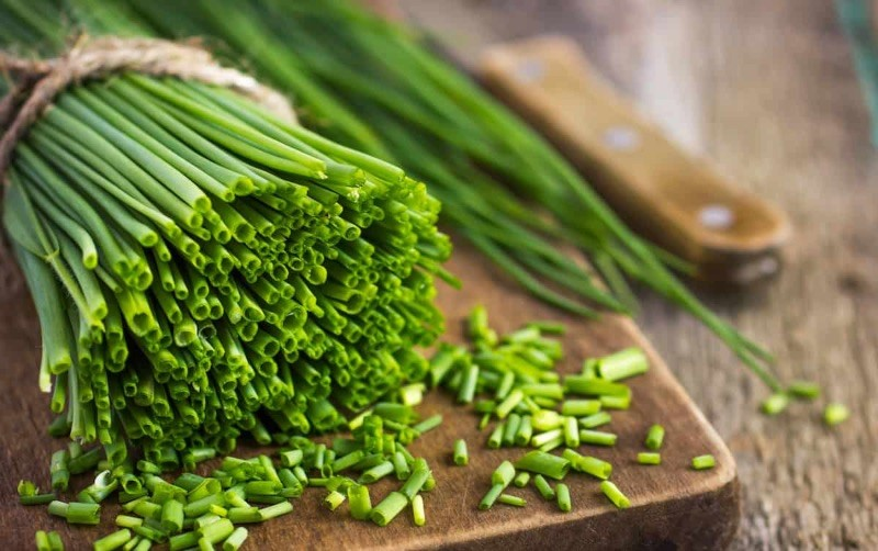 Produce Explain Herbs Chives Online