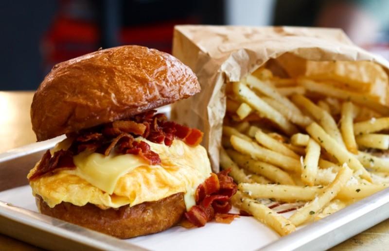 Wildfire Chicken & Burgers 3