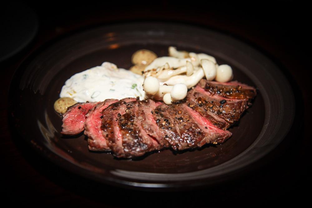 Moosehead - Flank steak, shimeiji with honey mustard and crème fraiche