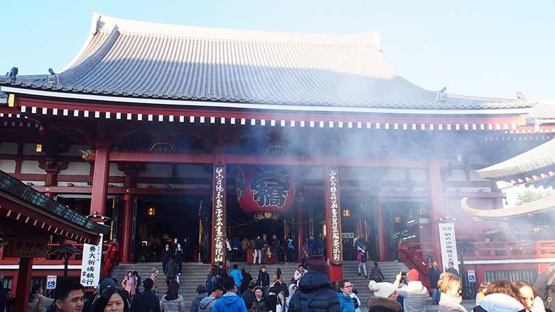 sensoji temple cheap travel tokyo