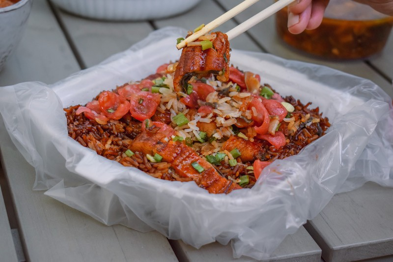 A serving of Grilled Eel Claypot Rice from Soon Yee Claypot Rice