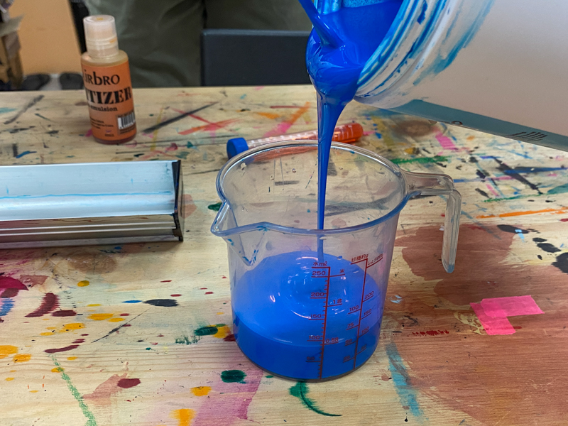 pouring emulsion