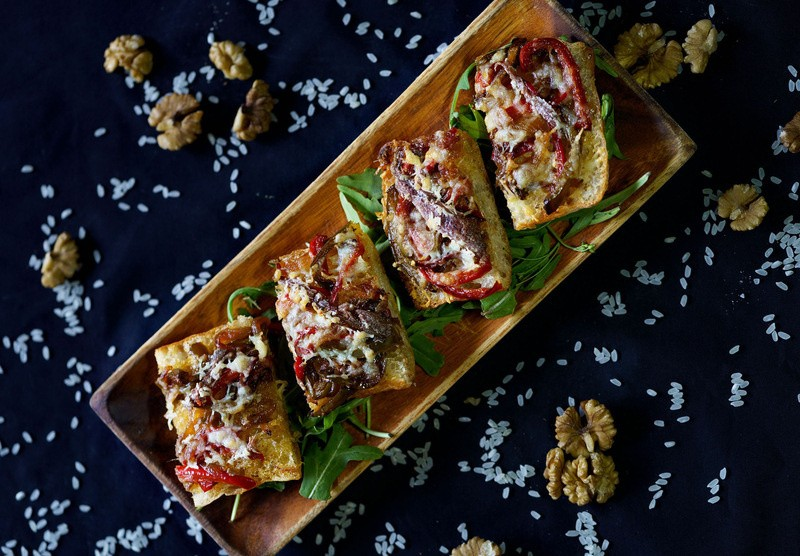 Anchovies toast