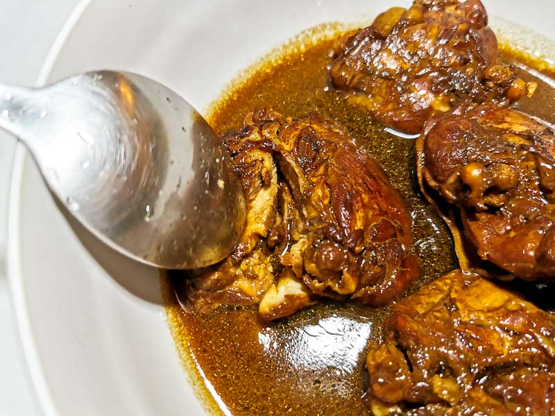A picture of the chicken adobo