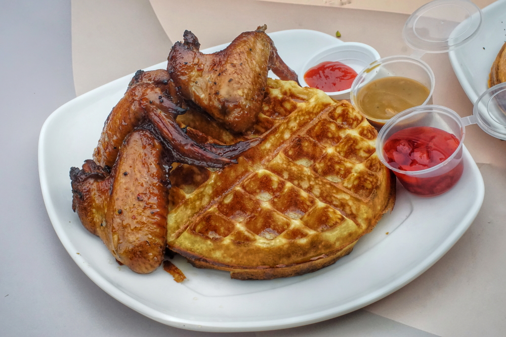 R&W chicken and waffles